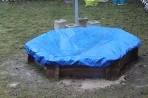 Regen im Sandkasten