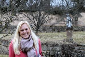 Dani im wahren Leben, Lächeln Blond