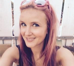 mit_rosaroten_Haaren