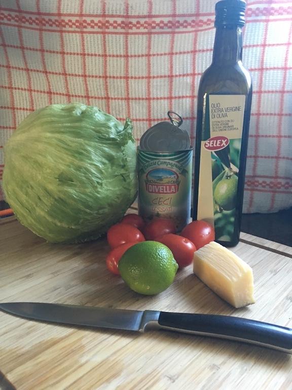 Kichererbsen-Salat-Zutaten