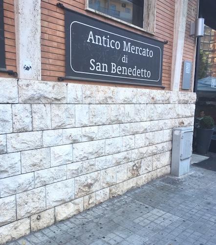 Sardinien-Part1-Markthalle