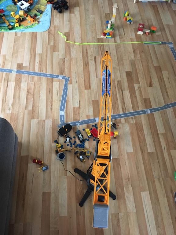 12v12-Babypluesch-Baustelle