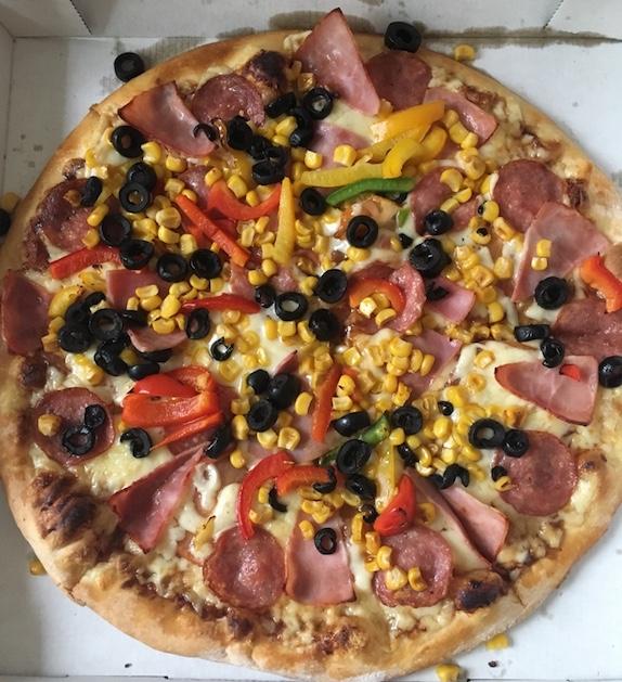 12v12-Babypluesch-Pizza