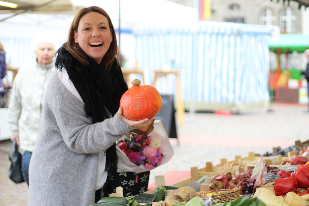 Einkaufen auf dem Wochenmarkt - Fructoseintoleranz