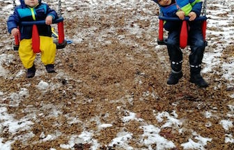 12v12-Alltag-Januar-Schaukeln
