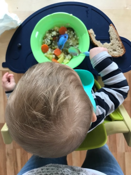 12v12 Impfung Mittagessen Graupen suppe