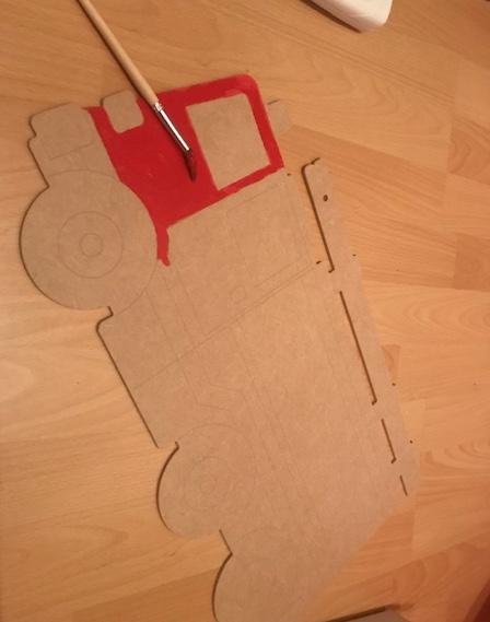 feuerwehr faedelbrett DIY Acrylfarbe rot